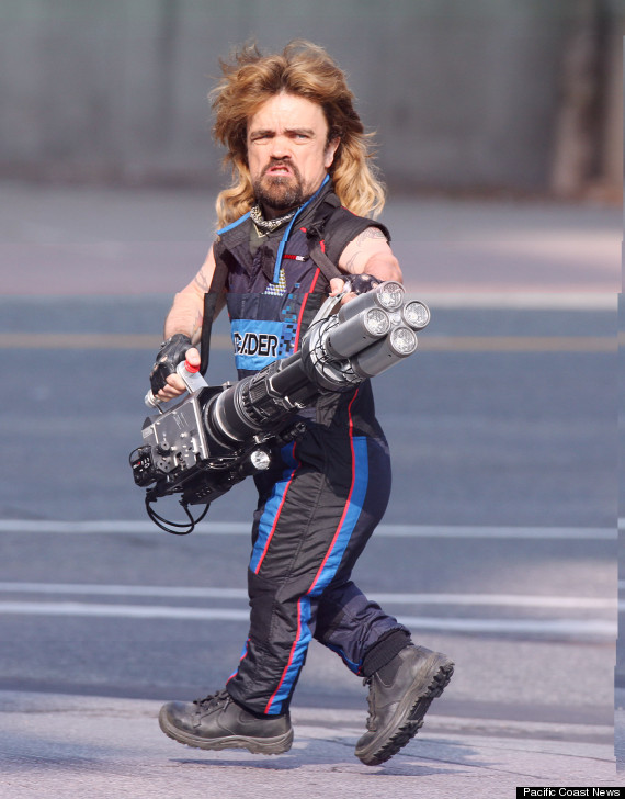 Peter Dinklage With A Mullet  amp  Laser Cannon On The Set Of  Pixels  Is    Peter Dinklage