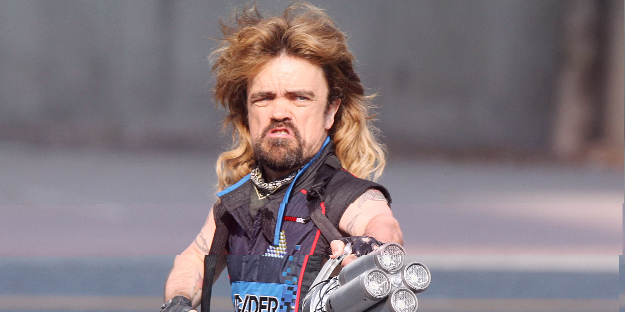 Peter Dinklage With A Mullet Amp Laser Cannon On The Set Of Pixels Is Everything