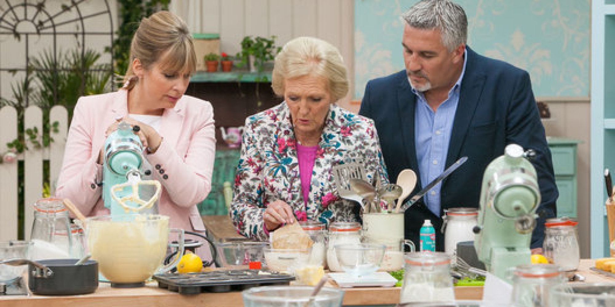 39 great british bake off 39 the funniest gbbo tweets as. Black Bedroom Furniture Sets. Home Design Ideas
