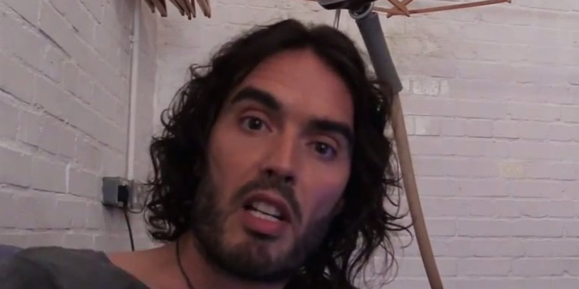 russell brand calls bill o u0026 39 reilly a  u0026 39 disgrace u0026 39  to the american flag