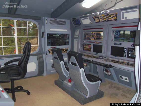 Steve Doman Builds 'Star Trek'-Themed Cabin Out Of Junk ...