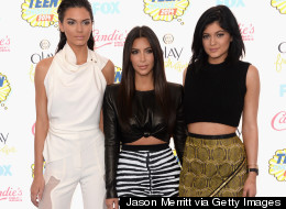 Kim 'Keeps Up' On The Teen Choice Red Carpet