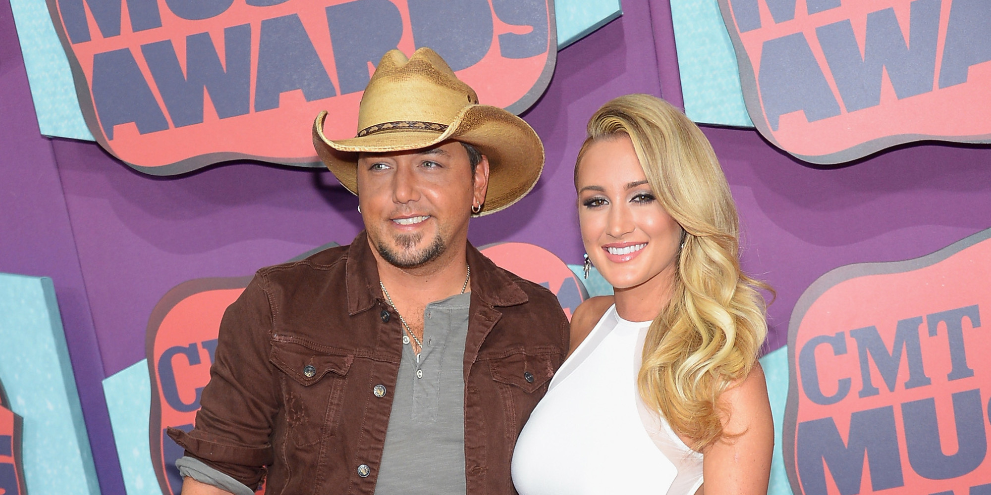 aldean dating kerr Jason aldean married former american idol contestant brittany kerr earlier this year although they endured scrutiny early on in their relationship because aldean was unfaithful to his wife when they first met, they seem to be enjoying newlywed bliss here is what you should about their relationship,.