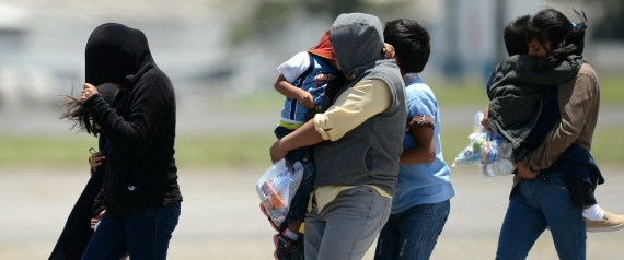 IMMIGRANTS ARRIVED DEPORTED SALVADOR