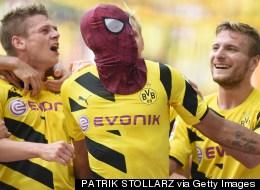 'Spider-Bameyang' Uses His Spidey Sense To Help Dortmund Beat Bayern