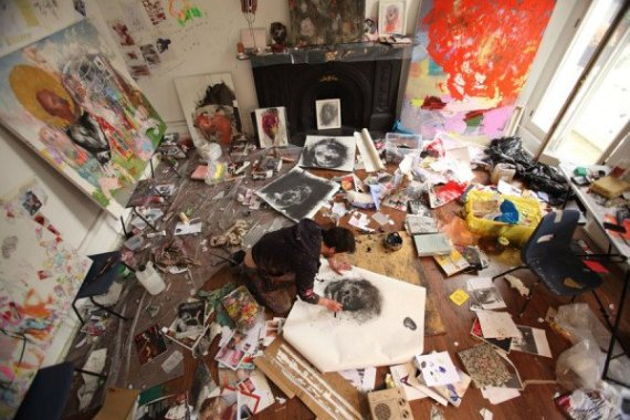 44 stunning art studios that will inspire you to get back for Chambre en desordre