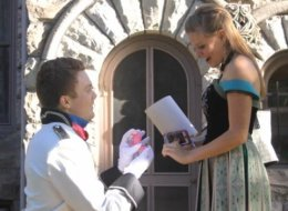 'Frozen'-Themed Marriage Proposal Will Melt Your Heart