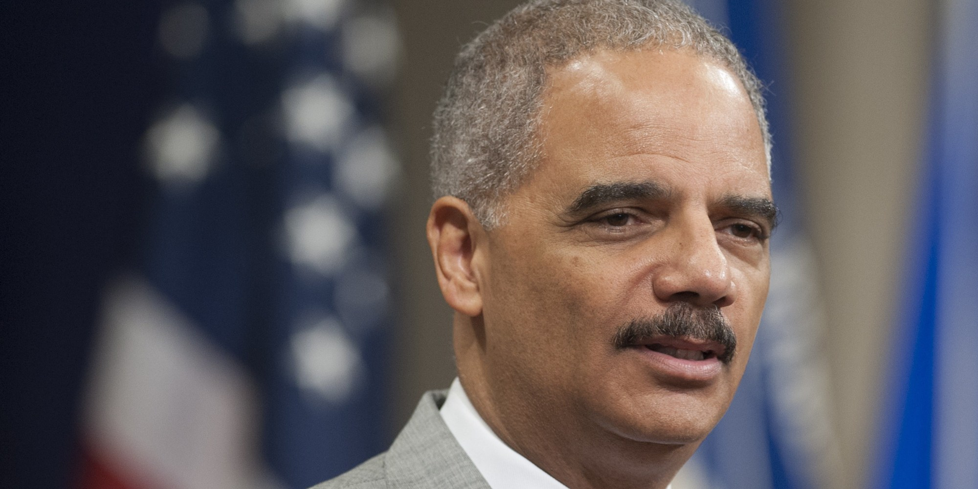 Attorney general eric holder speaks to michael brown s parents the