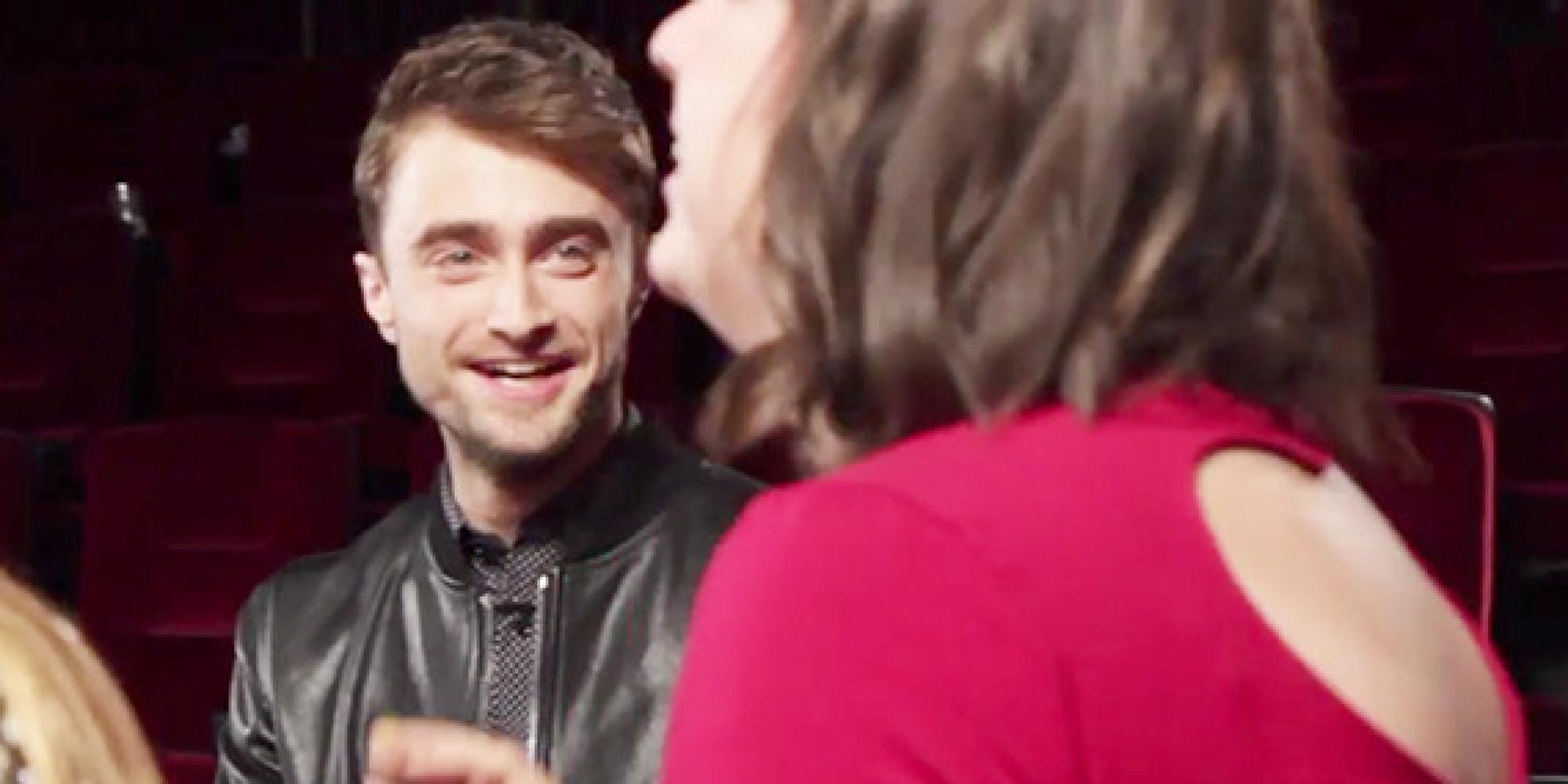 Daniel Radcliffe Surprises Fans At A Movie Theater And ... Daniel Radcliffe Fan