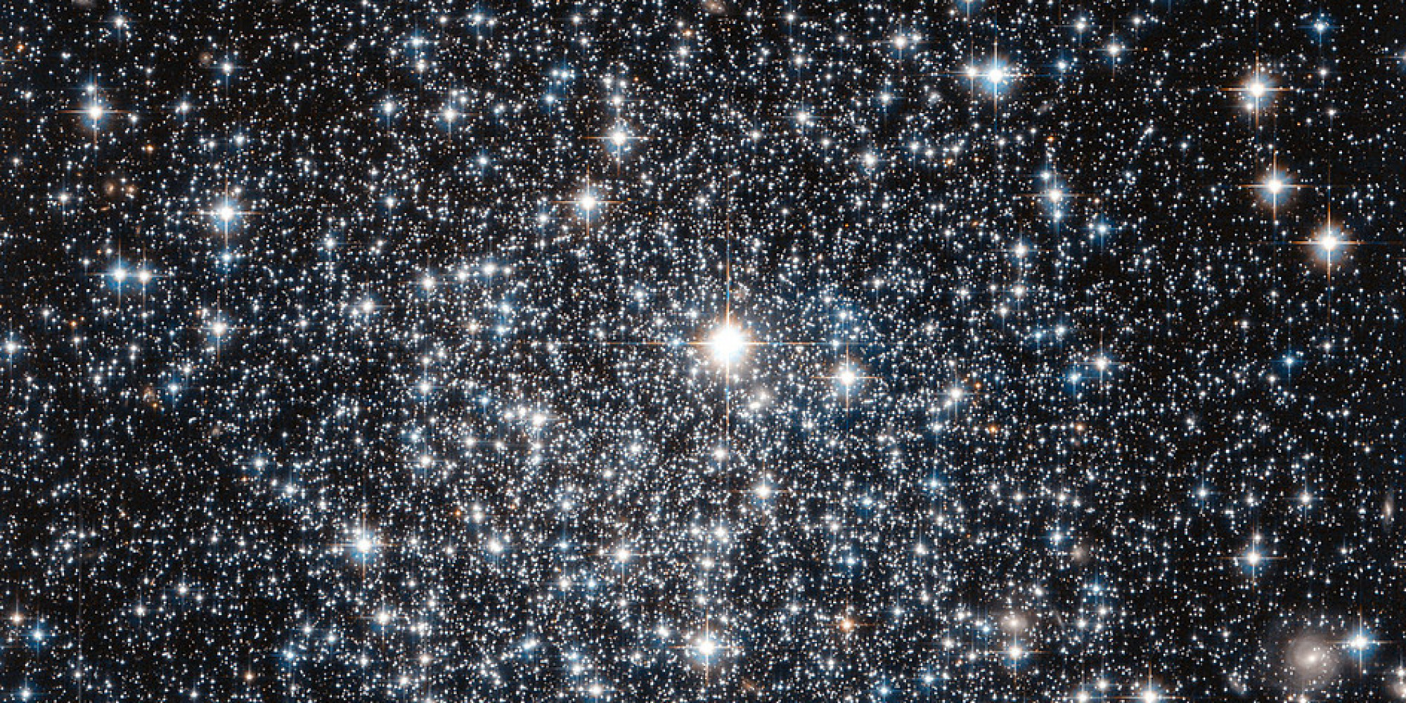 This Gorgeous Image From Hubble Shines New Light On Old ...