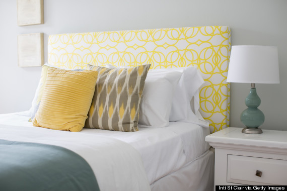 11 Ways To Make A Tiny Bedroom Feel Huge Huffpost Life