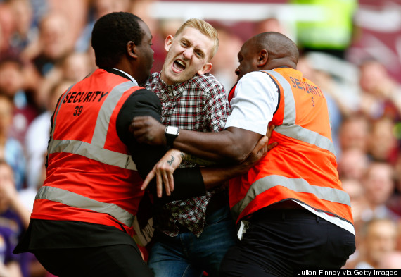 tottenham pitch invader