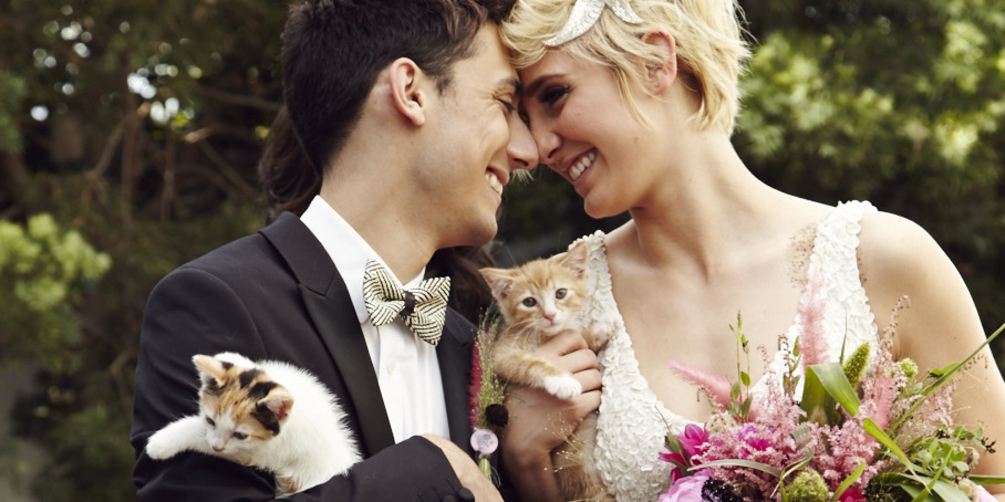 Heres The Cutest Cuddliest Kitty Themed Wedding That Youll