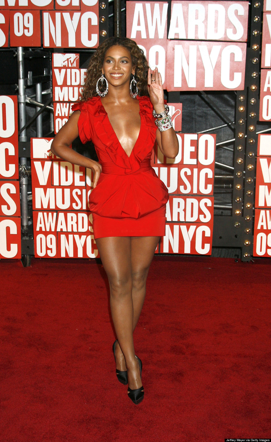 15 Times Beyonce Totally Brought It On The MTV VMAs Red Carpet