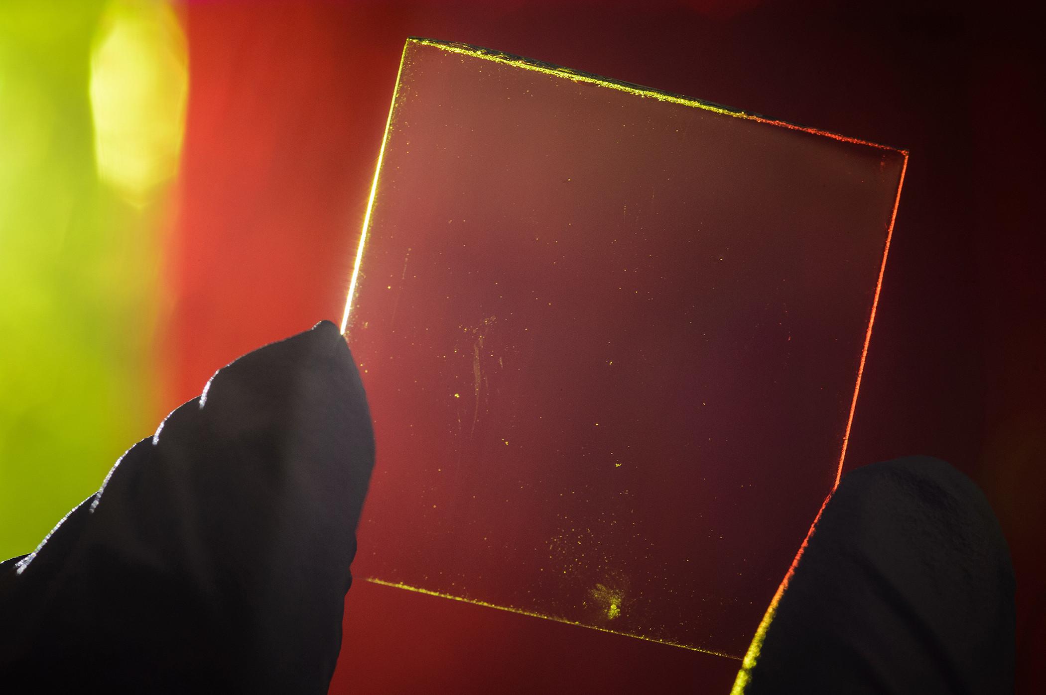 Researchers Develop Transparent Solar Concentrator That