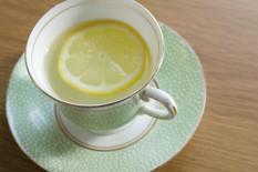 Immer gut: Tee trinken | Bild: PA