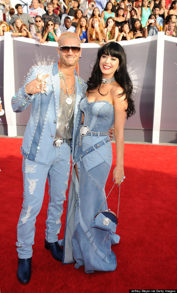 Britney Spears Responds To Katy Perry S Denim Outfit Homage At The Vmas Huffpost
