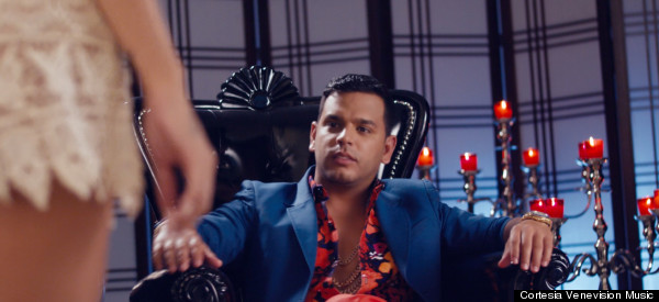 Mira el sexy video de Tito 'El Bambino': 'A Que No Te Atreves'
