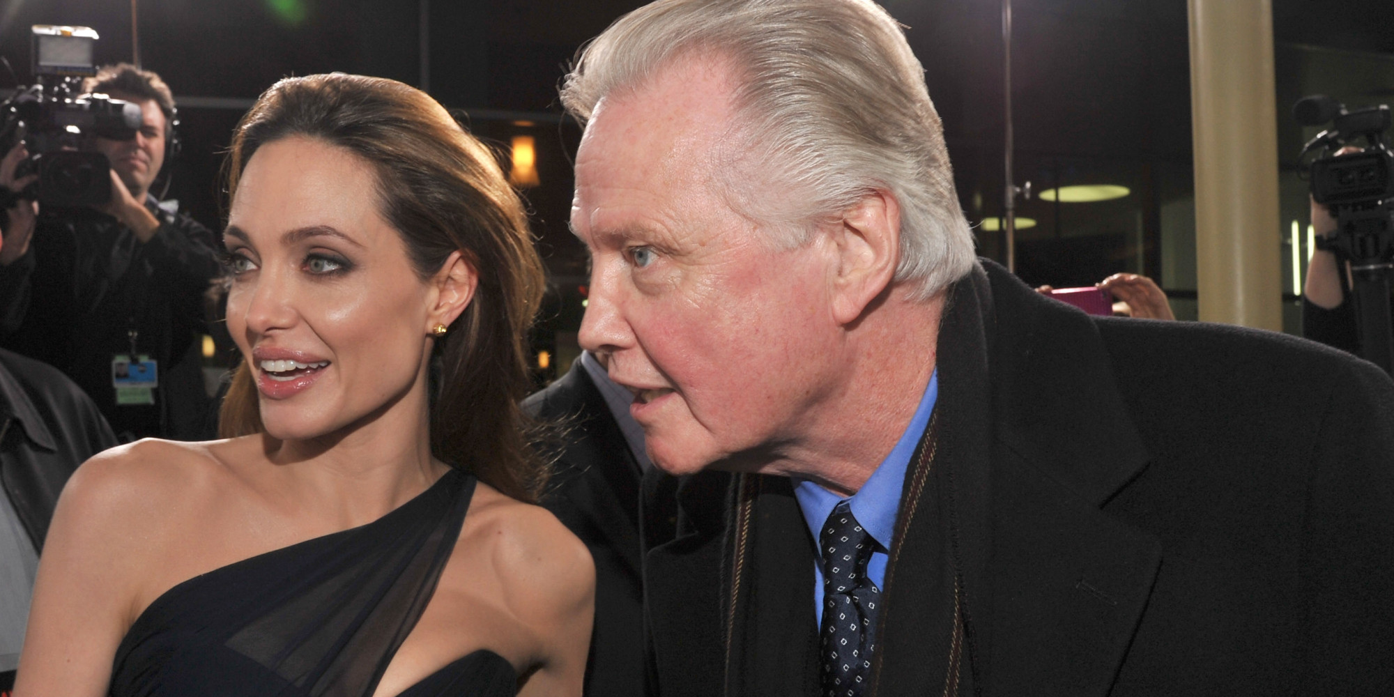 jon voight and angelina jolie relationship with father