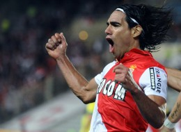 United Sign Falcao!