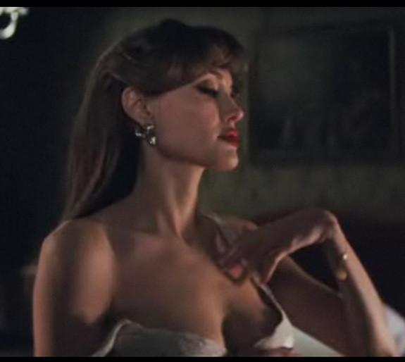 Anjelina joli sexy video
