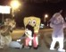 Vesti - 'Mickey Mouse' And Other Costumed Characters Beat Motorist In Bizarre Road Rage Incident