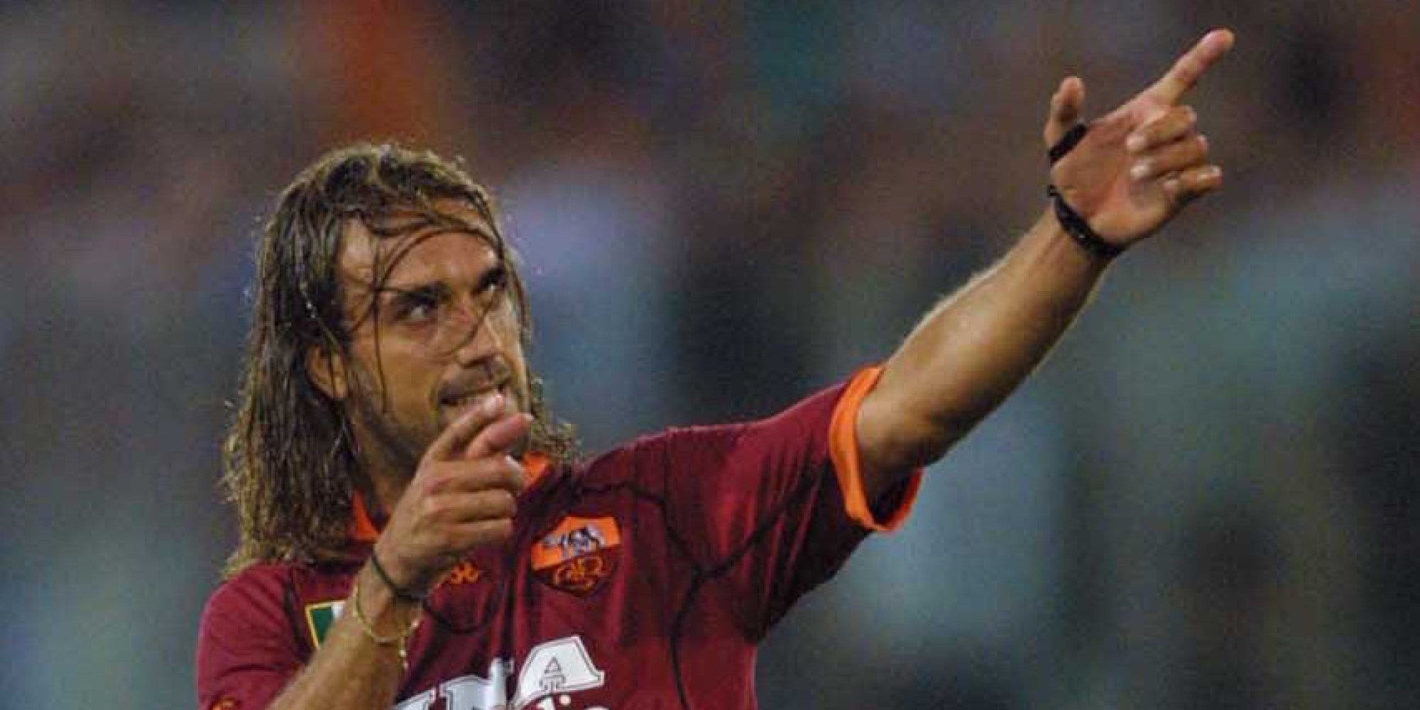 Gabriel Batistuta Asked Doctors To Amputate Leg Huffpost Uk