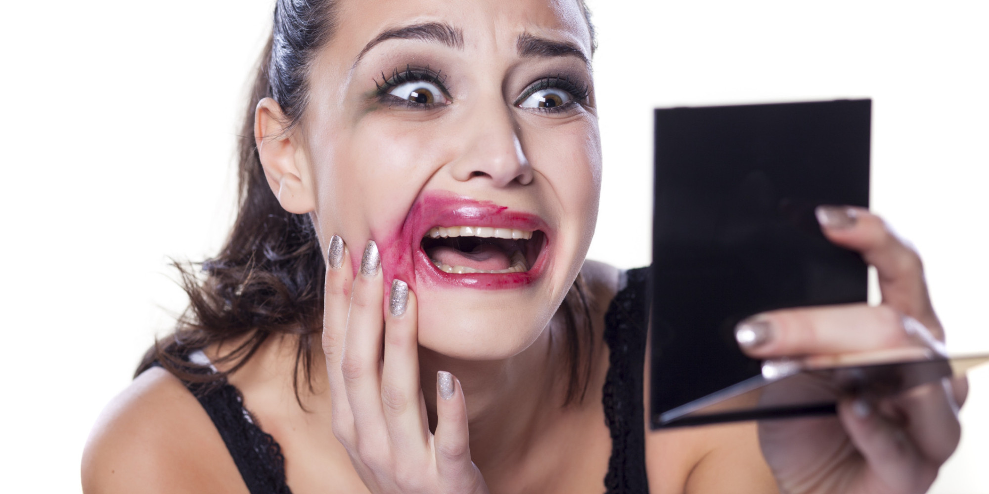 make up und beauty was frauen beim schminken falsch machen. Black Bedroom Furniture Sets. Home Design Ideas