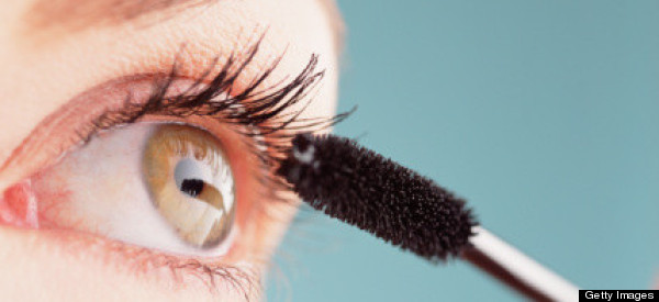 10 Mascara Hacks That Will Change Your Life