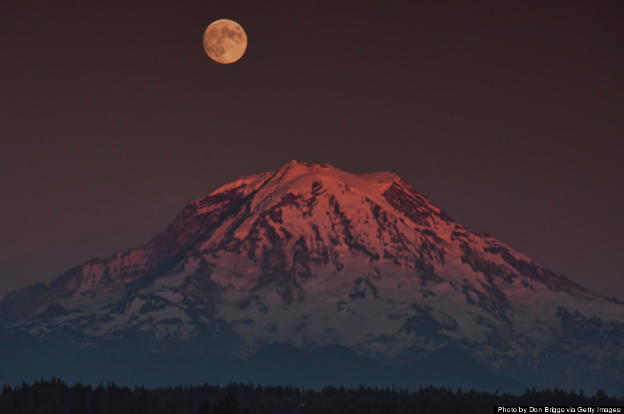 mt rainer night