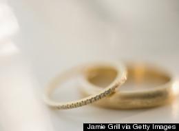 Le pape simplifie et rend gratuites les annulations de mariage catholique