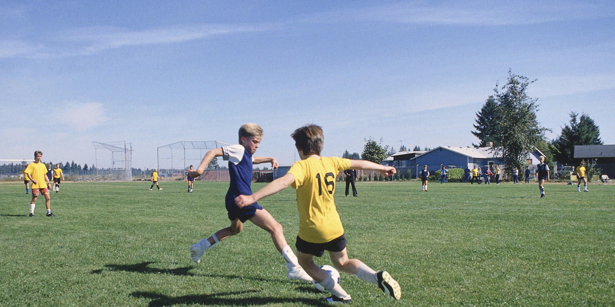 "teenagers who play sports With more kids than ever in organized sports, experts in sports medicine and youth athletics say they are increasingly ""when you play different sports."