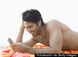 How to Stop Your Mobile Phone Addiction Costing You Cash on Holiday