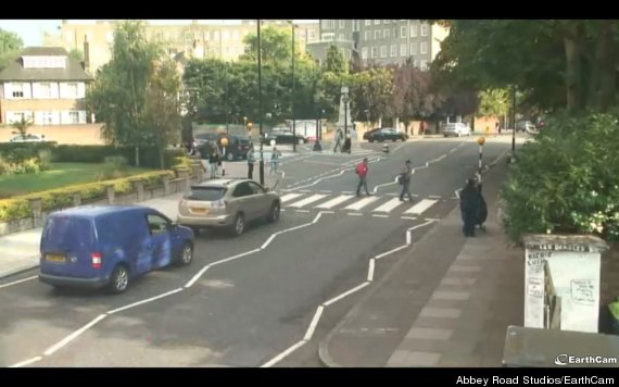 live feed of abbey road crossing is the best thing you ll watch all