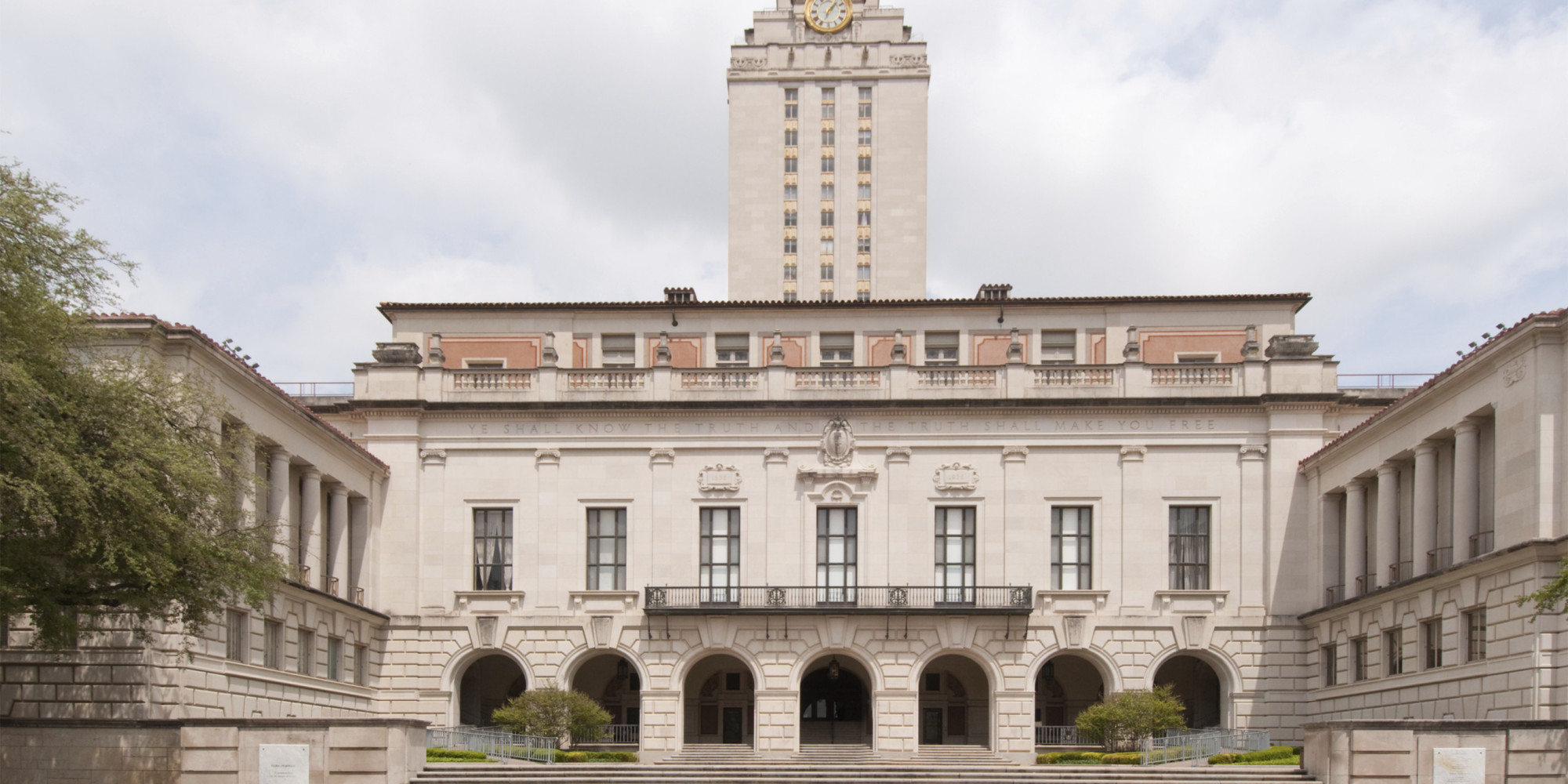 essay university texas These university of texas - austin college application essays were written by students accepted at university of texas - austin.
