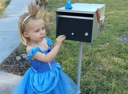 Nobody Loves Getting The Mail More Than This Adorable Little Girl