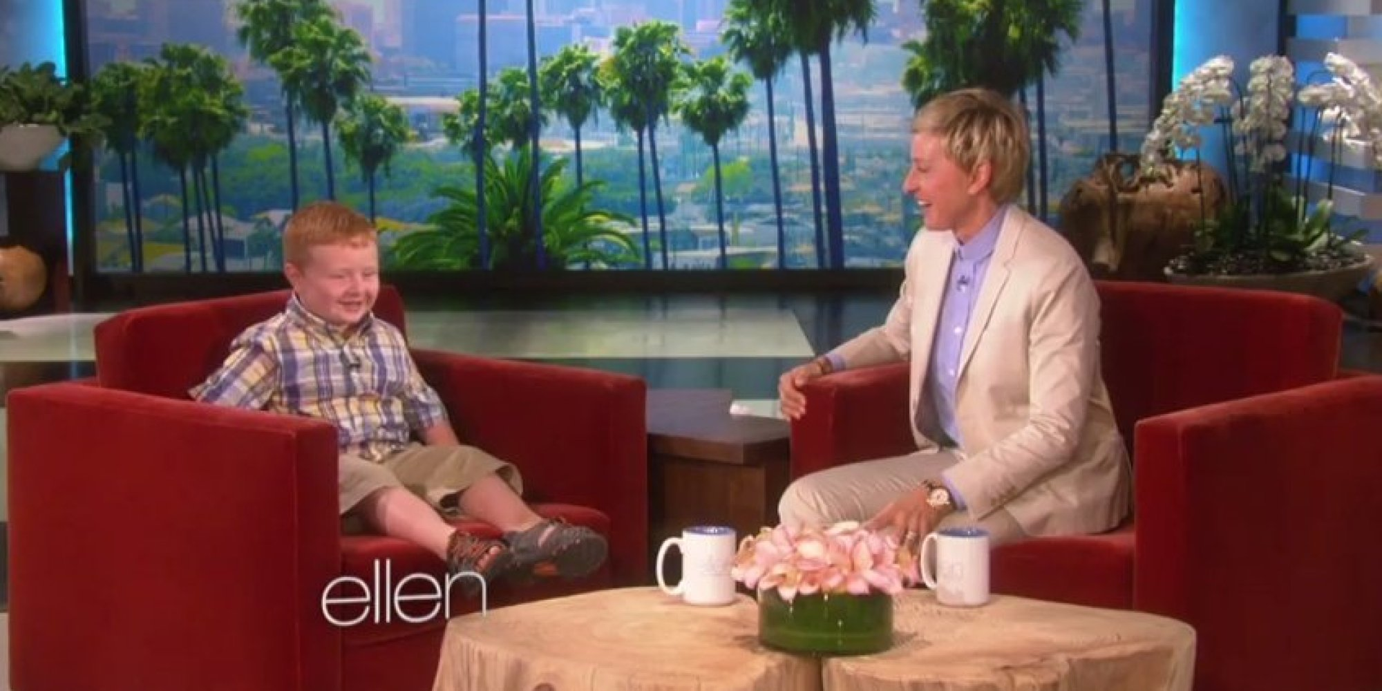 Ellen degeneres meets 39 apparently 39 kid noah ritter and apparently he 39 s awesome video - Ellen show address ...