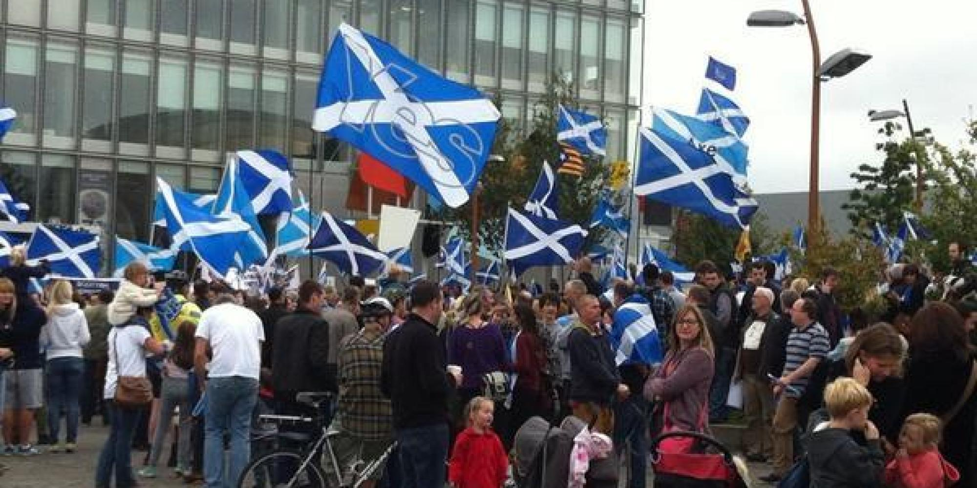 scottish independence Back in the 1970s, when the people of scotland had a vote on independence autonomy from england, scottish campaigners accused the english of were stealing their country's north sea oil revenues.