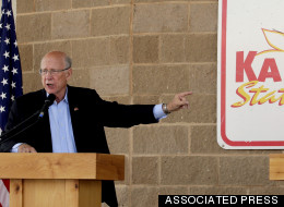 HUFFPOLLSTER: Poll Finds Pat Roberts Trailing Independent Candidate