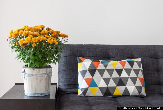 sofa table flowers
