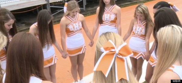 Tennessee Cheerleaders Sidestep Their School's Prayer Ban