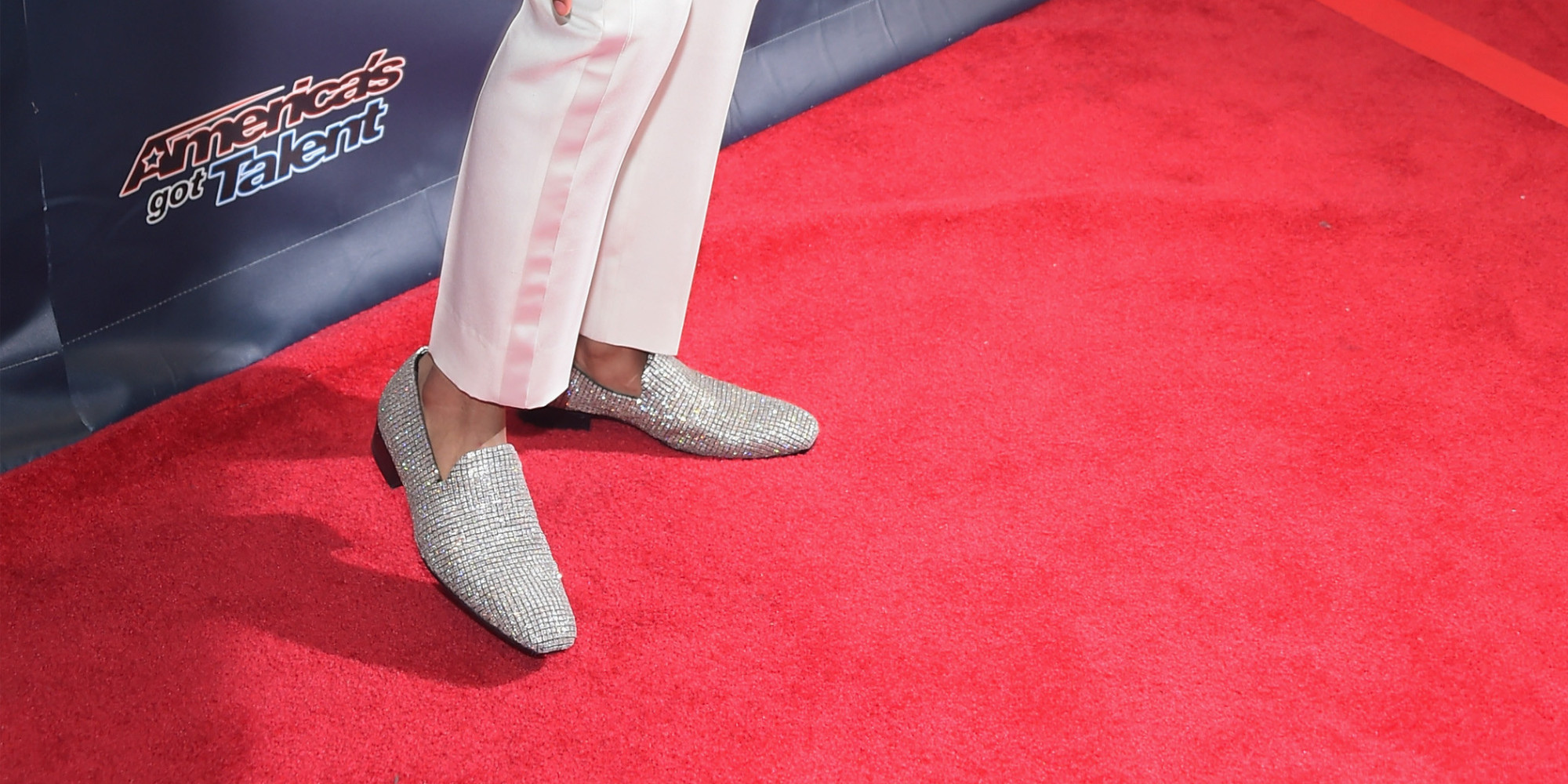 Diamond encrusted shoes nick cannon 2017