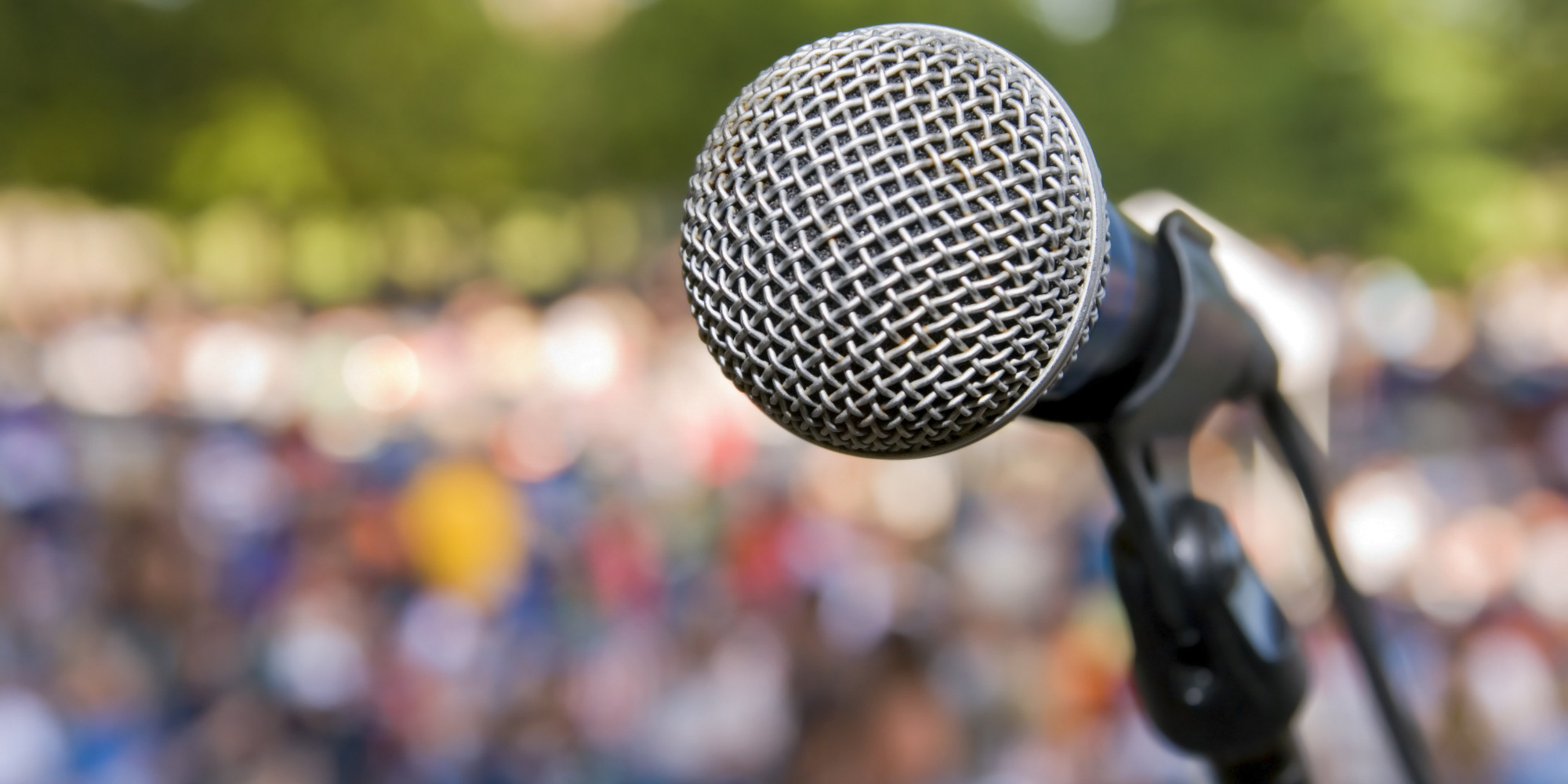 facing the fear of the mic Fearless vs fear less: a new approach to facing your fears by kelly epperson march 6, 2015 feeling the fear and venturing out on to the dance floor of life anyway it took over forty years to get me to pick up a mic now if the opportunity comes to sing a little ditty.