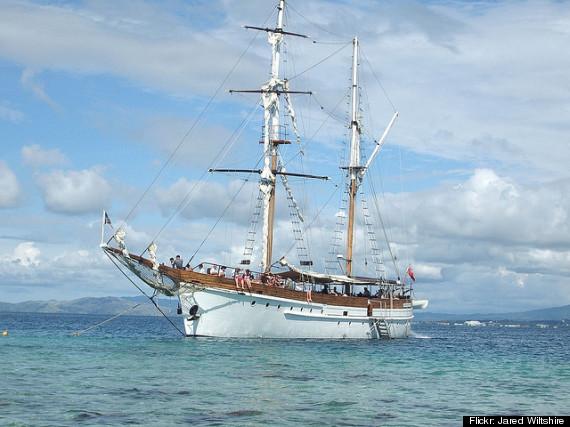 fiji boat cruise