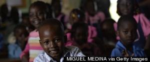 CLASSROOM SCHOOL CHILDREN AFRICA