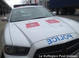 Finis les collants sur les voitures et postes de police du SPVM, dit une arbitre