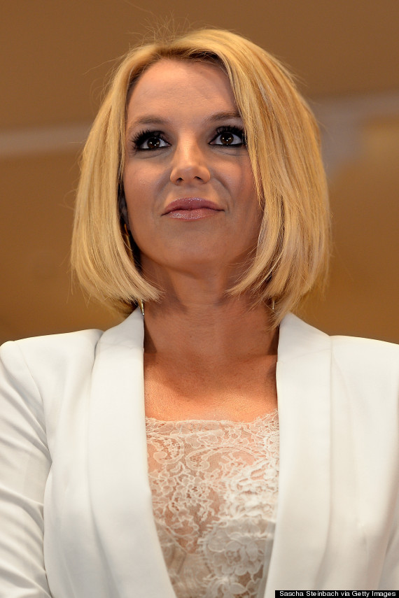 Britney Spears Debuts A Bob Haircut At Lingerie Launch ...