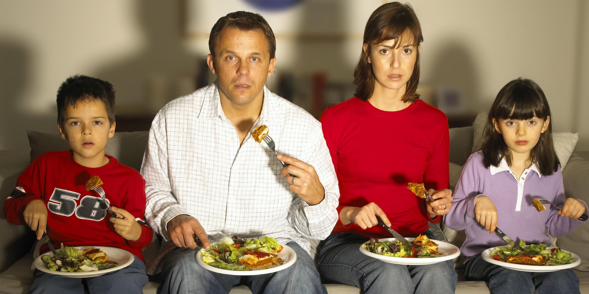 nation 39 s eating habits revealed we still eat together. Black Bedroom Furniture Sets. Home Design Ideas