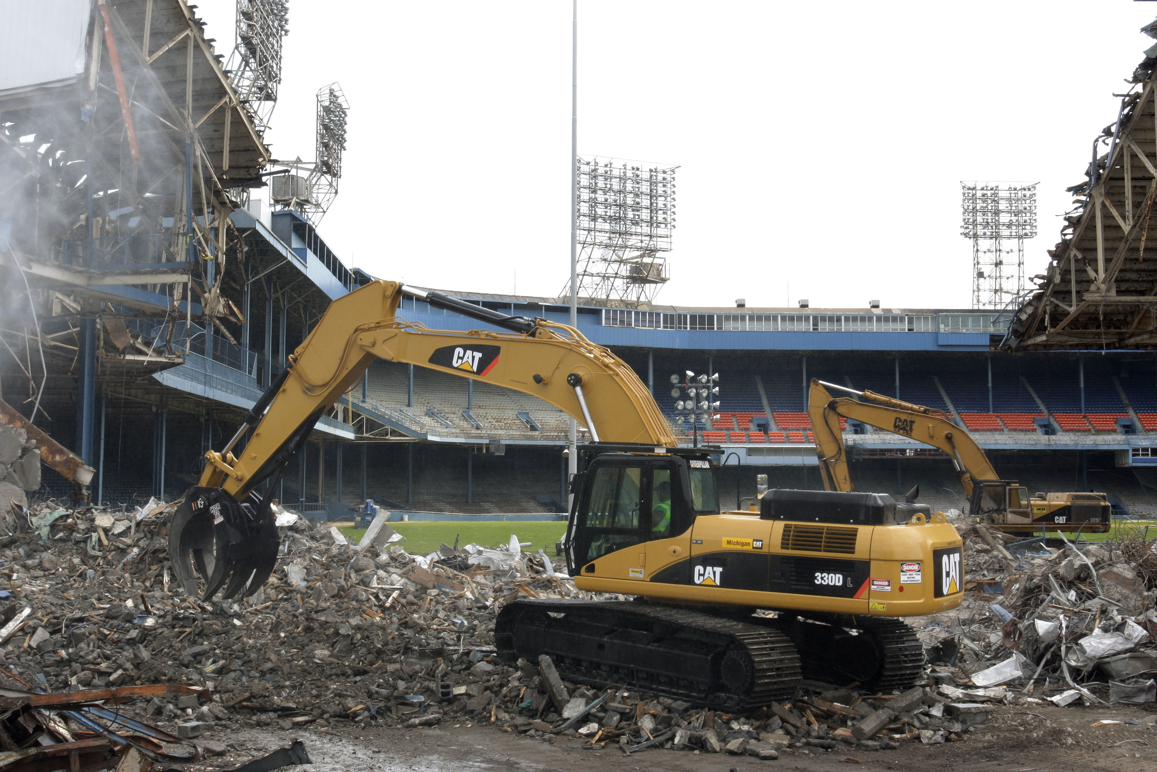 tiger stadium razed
