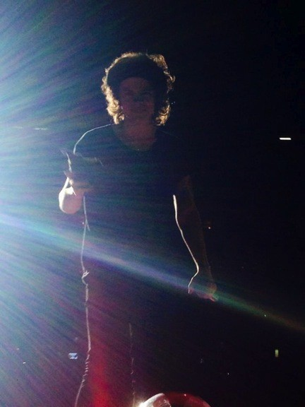 A Fangirls Guide To Surviving A One Direction Concert Huffpost